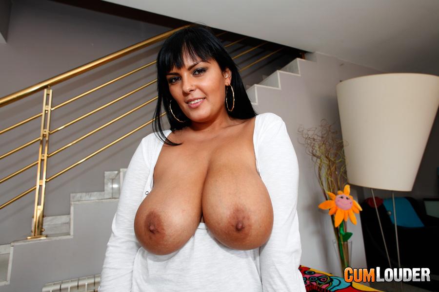 Huge Natural Mature Tits